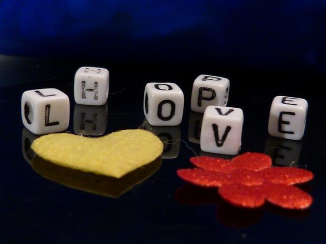 love-718705_640